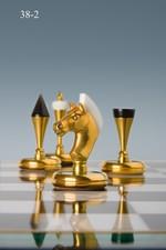 Уменьшенный вариант шахмат из малахита